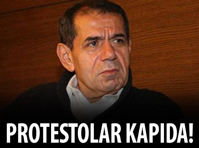 BÜYÜK PROTESTO KAPIDA