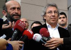 """""""Dündar ve Gül"""" hakkındaki iddianame kabul edildi"""