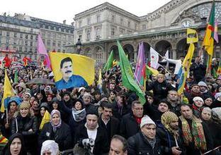 PKK saldırdı Fransız polisi izledi