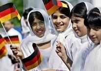 Almanya'da müslümanlıkla ilgili şok anket!