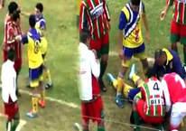 Arjantin'de oynan futbol maçında rakibe öldüren yumruk!