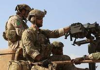 YPG arması hala üniformada