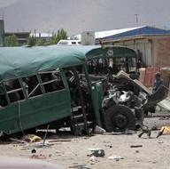 Afganistan'da askeri konvoya saldırı: 30 ölü