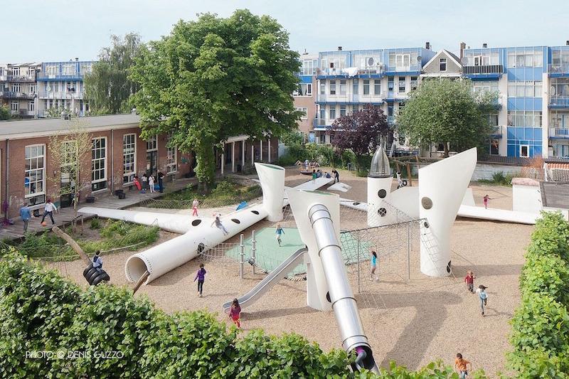 Hollanda'da eskiyen rüzgar türbinleri kent mobilyalarına, oyun parklarına dönüşüyor
