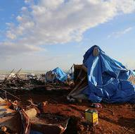 İdlib'te çadır kente saldırı