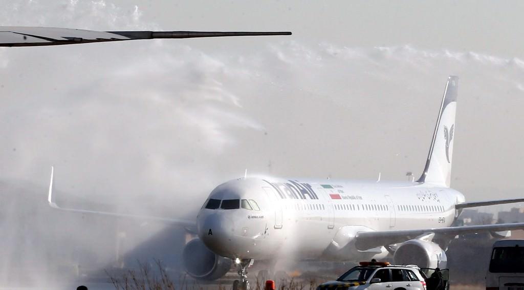 İran'a 38 yıl sonra birinci el yolcu uçağı
