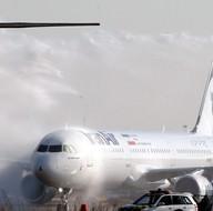 """İran'a 38 yıl sonra """"birinci el"""" yolcu uçağı"""