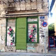 Madrid sokaklarına çiçekli müdahale