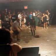 New York'ta konser salonunda silahlı saldırı: 1 ölü