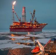 Rusya'nın kutuplardaki ilk petrol platformu ''Prirazlomnaya''