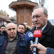 Saraybosna'da Hollanda'nın skandal tavrına tepki