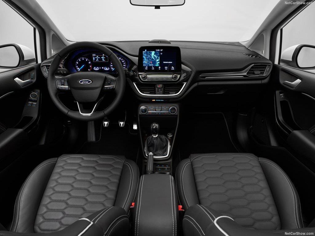 2018 ford focus st blue interior