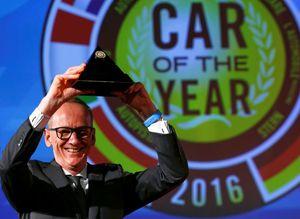 Opel Astra 2016da Yılın Otomobili seçildi