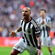 Milan, Beşiktaş'ın yıldızı Quaresma'ya talip oldu!