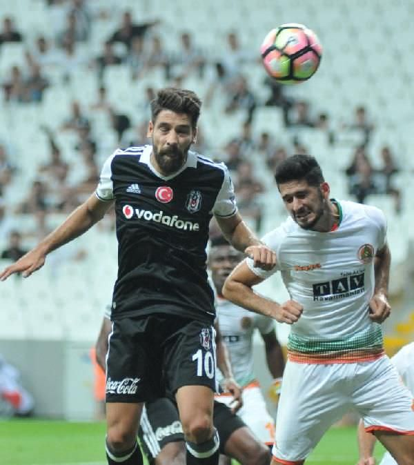 Son şampiyon Beşiktaş, Alanyaspor karşısında gol oldu yağdı!