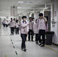 Apple'ın Çin'deki fabrikası ilk kez görüntülendi