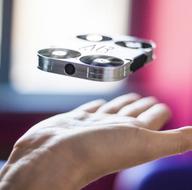 Telefonunuzun kılıfında minik bir drone olacak!