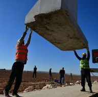 """Dünyanın en uzun 3. duvarı """"Türk Seddi""""nin inşası sürüyor"""