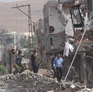 Nusaybin'de 8 PKK'lı terörist daha teslim oldu