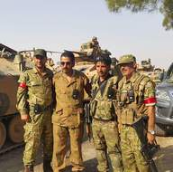Türk askerini Cerablus'ta Türkmenler karşıladı!