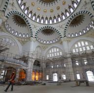 Ulus İtfaiye Meydanı Camisi için geri sayım başladı