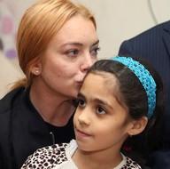 Hollywood yıldızı Lohan Suriyelileri ziyareti etti
