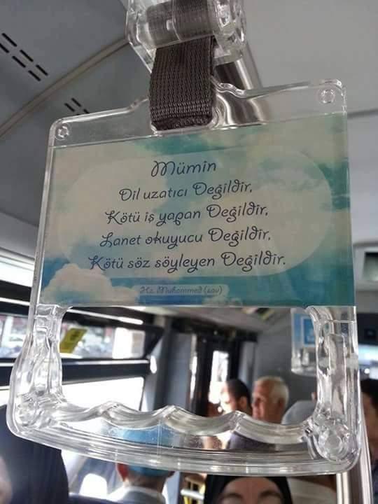 İETT otobüslerine asılan yazılar iyi tepkiler alıyor