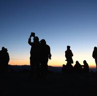 Nemrut, güneşin doğuşu ve batışının eşsiz görüntüleriyle ziyaretçilerini ağırlıyor