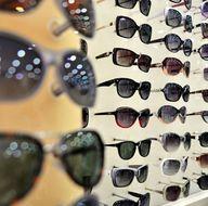 Sağlıklı bir güneş gözlüğü nasıl olmalı?