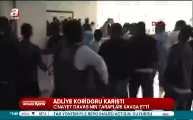 Bakırköy Adliyesi'nde birbirine giren onlarca kişiyi bakın neyle dağıttı
