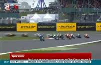 İki yarışçının feci kazası!