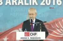Kılıçdaroğlu FETÖ'den gözaltına alınan gazetecileri alkışlattı