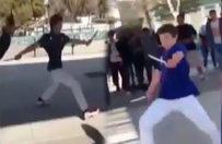 Liseli genç elindeki bıçakla terör estirdi