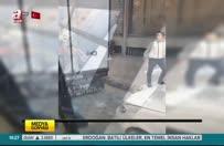 İstanbul'da bıçaklı takozlu yol verme kavgası!