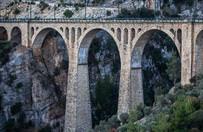 James Bond'un düştüğü köprü turizme kazandırılacak