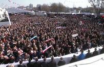 Başbakan Binali Yıldırım partilileri selamladı