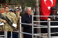 Başbakan Kahraman Halisdemir'in kabrini ziyaret etti