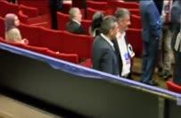 Küçük kız Erdoğan'ı görmek için dakikalarca ağladı