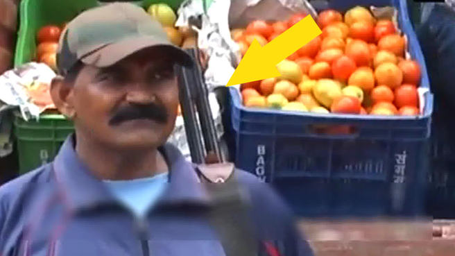 Silahlı domates nöbeti